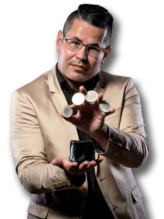 Profielfoto shows en mogelijkheden van goochelaar Michael Divano