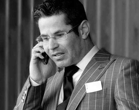 contact opnemen bij de mogelijkheden van goochelaar Michael Divano